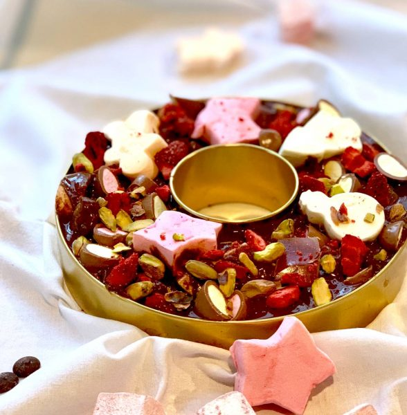 Nelly's Sweet & Salty Christmas Rocky Road Wreath (1)