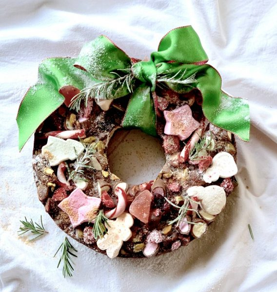 Nelly's Sweet & Salty Christmas Rocky Road Wreath (4)